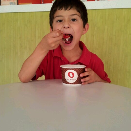 Photo taken at Red Mango by Camille on 6/16/2012