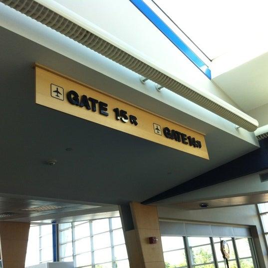 Foto tomada en Burlington International Airport (BTV) por Joe M. el 7/11/2012