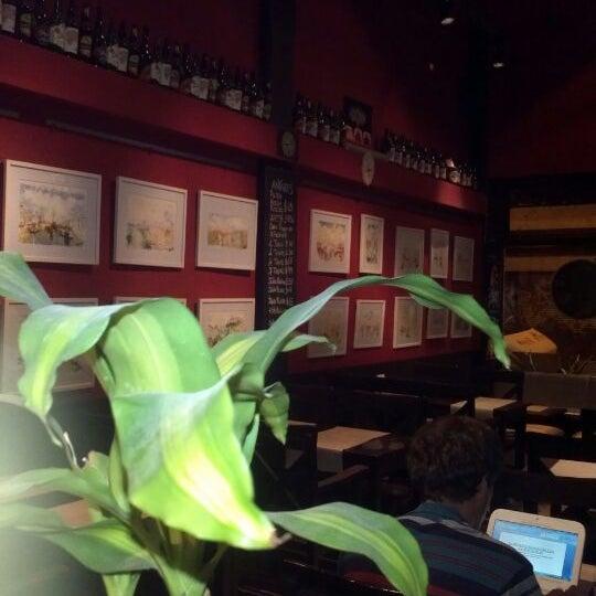 Photo taken at Rosa De Los Vientos by Walter P. on 11/14/2011