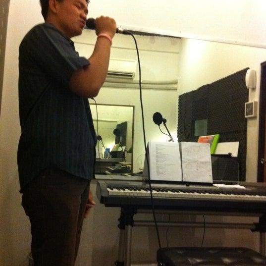 Photo taken at B-star-Music School by Taspong S. on 3/6/2011