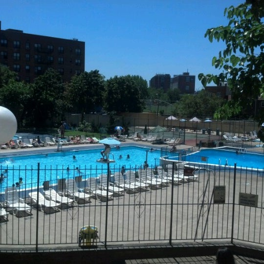 Photos At Skyline Pool Flushing 5 Tips From 90 Visitors