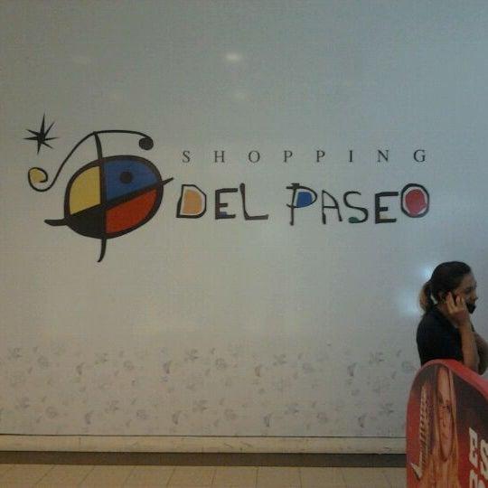 Foto tirada no(a) Shopping Del Paseo por Nilton T. em 12/9/2011