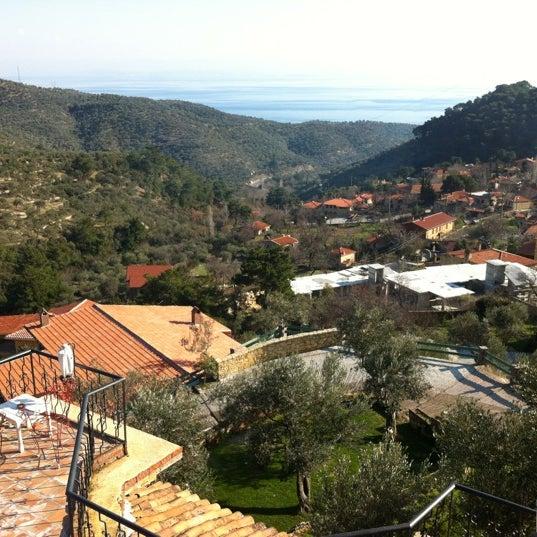 1/19/2012 tarihinde Ecem E.ziyaretçi tarafından Öngen Country Hotel'de çekilen fotoğraf