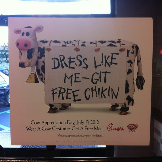Photo taken at Chick-fil-A Bowie by RJ D. on 7/9/2012