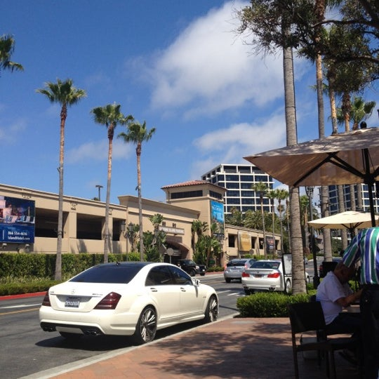 Photo taken at Fashion Island by ABOOD 🔆 on 6/14/2012