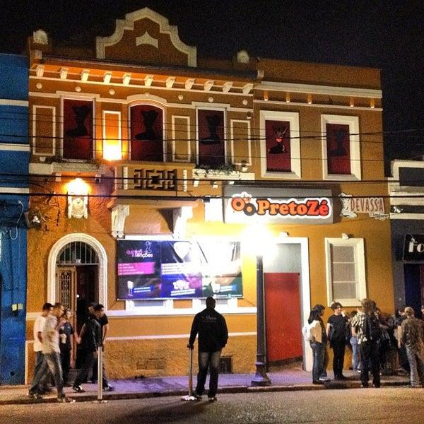 Foto tirada no(a) Preto Zé por Vinicius Y. em 4/8/2012