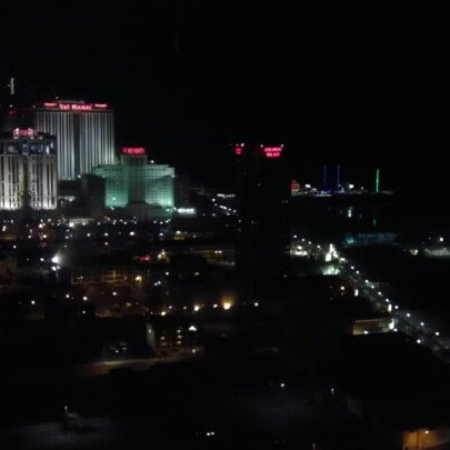 Photo taken at Bally's Casino & Hotel by Rockie T. on 8/27/2012