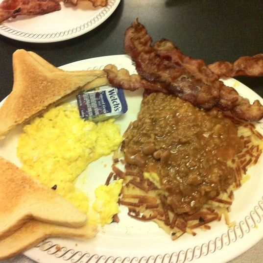 Photo taken at Waffle House by iGoByDoc on 3/11/2012