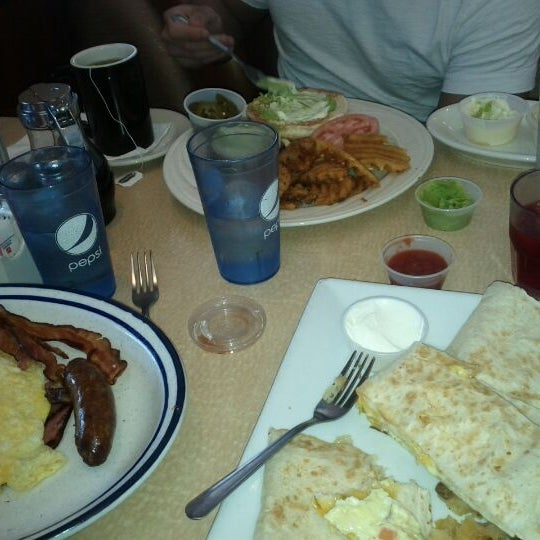 Photo taken at Bull's Head Diner by Lorenzo S. on 5/13/2012