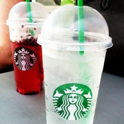 Photo taken at Starbucks by Heino D. on 8/4/2012