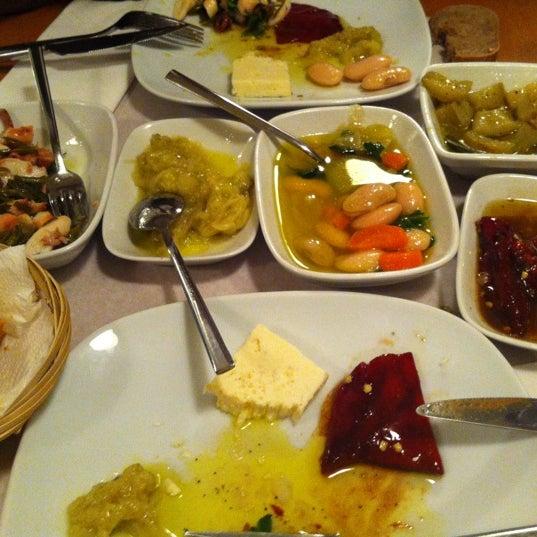 Photo taken at Sıdıka Meze Restoranı by Neslihan ® on 4/11/2012