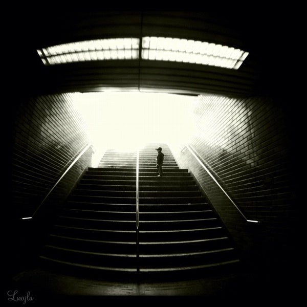 Photo taken at Civic Center/UN Plaza BART Station by Lulu on 7/28/2012