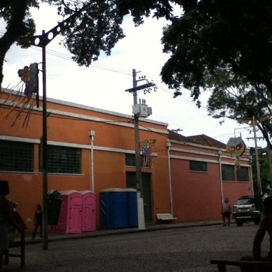 Foto tomada en Degusti cafe por Liliane d. el 2/22/2012