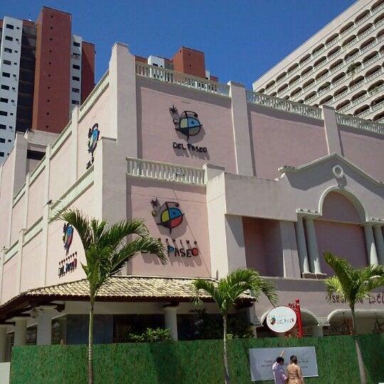 Foto tirada no(a) Shopping Del Paseo por Venicio N. em 7/17/2012