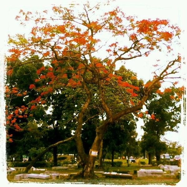 Photo taken at Manila Memorial Park by Jannel Paula on 5/27/2012