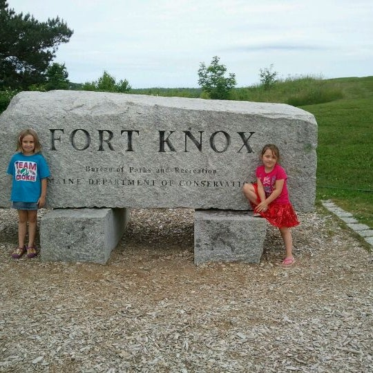 fort knox chat sites Dead soldier with 26 stab wounds declared 'suicide' by army investigators  may 20, 1999  1998, in a creek bed at fort knox,  external sites are not endorsed by.