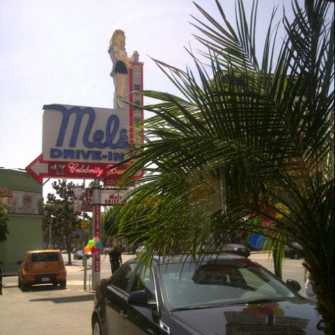 Photo taken at Mel's Drive-In by Sean C. on 8/25/2012