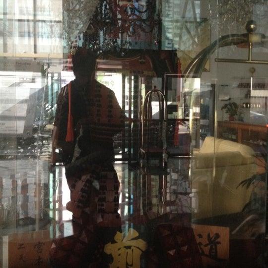 Foto tirada no(a) Matsubara Hotel por Roberto M. em 7/10/2012