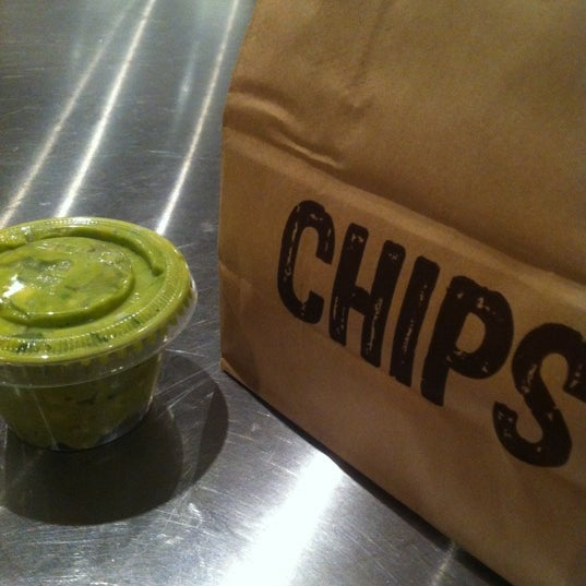 Photo taken at Chipotle Mexican Grill by Mat C. on 8/13/2012
