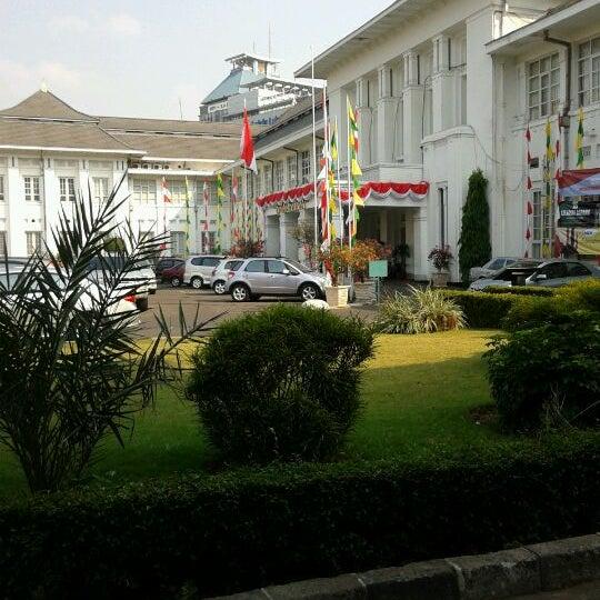 Photo taken at Fakultas Kedokteran Universitas Indonesia by ditta p. on 8/16/2012