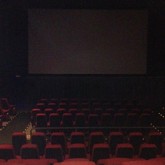 Foto tomada en Cine Hoyts por Francisco Javier P. el 6/5/2012