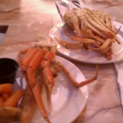Photo taken at Phillips Seafood by Marie H. on 5/17/2012