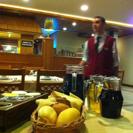Foto tirada no(a) Bela Vista Café Colonial por Wesley R. em 2/20/2012