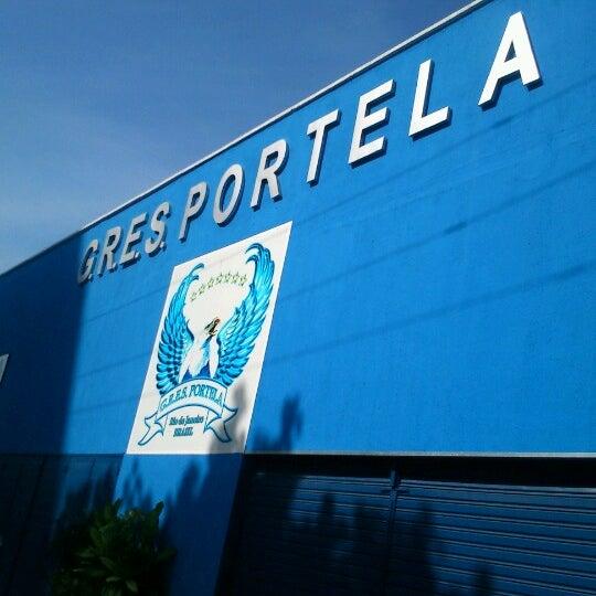 Foto tirada no(a) G.R.E.S. Portela por Paula D. em 7/7/2012