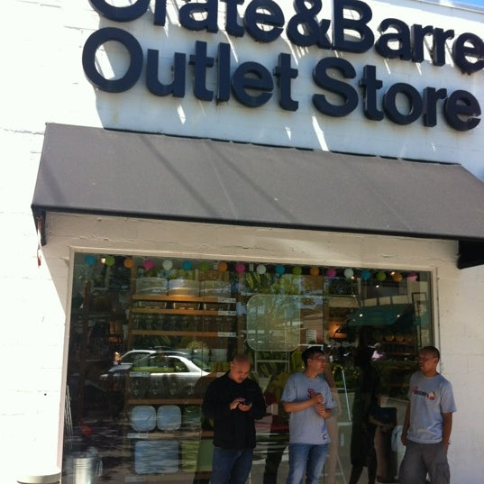 Sofa Outlet Store: Crate And Barrel Berkeley Outlet (Now Closed)