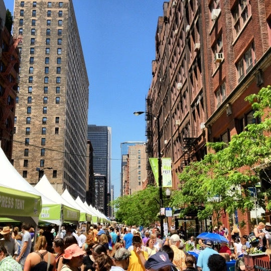 Photo taken at Printers Row Lit Fest by Chris C. on 6/9/2012