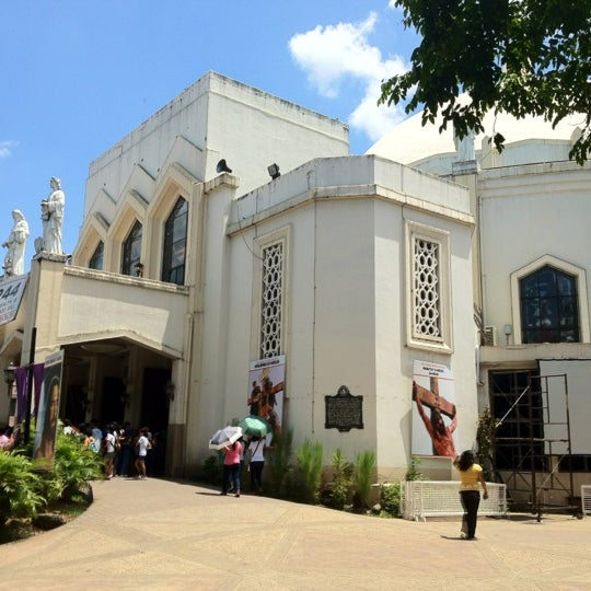 Photo taken at National Shrine of Our Lady of Peace and Good Voyage (Antipolo Cathedral) by Jay S. on 4/5/2012