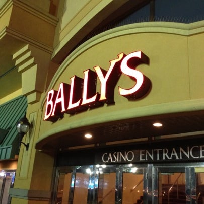Photo taken at Bally's Casino & Hotel by Samson D. on 8/4/2012