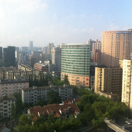 Photo taken at Hope Hotel Shanghai by Masataka K. on 8/5/2012