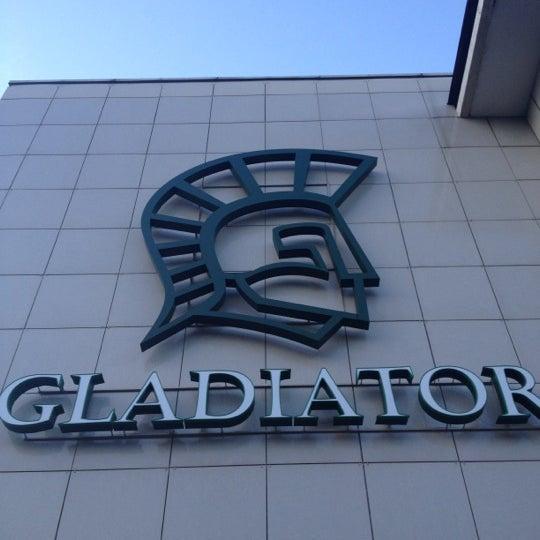 Снимок сделан в Гладиатор пользователем Alexander D. 6/12/2012