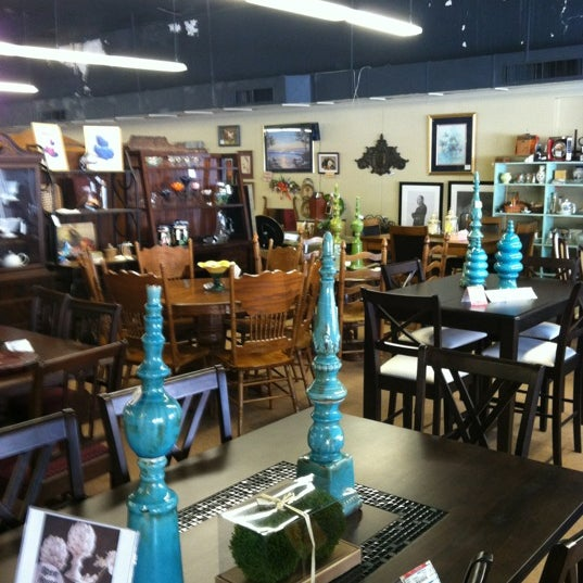 Bella 39 s house furniture consignment furniture home store for Best consignment stores nyc