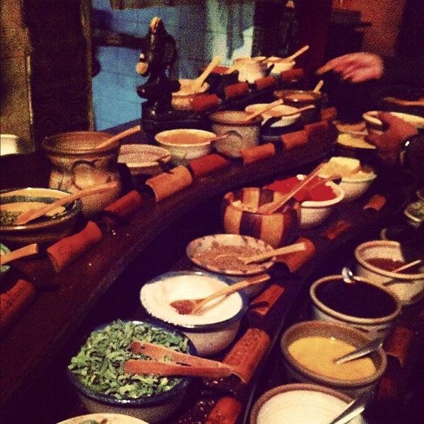 Foto tirada no(a) Tantra Restaurante por Juliana V. em 4/1/2012