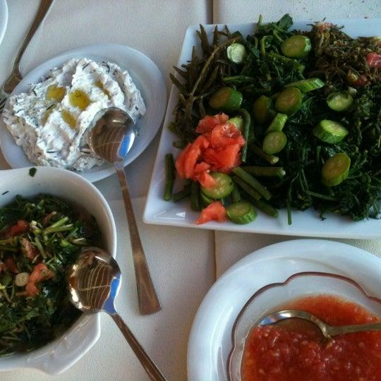 6/24/2012 tarihinde Damla S.ziyaretçi tarafından Cunda Deniz Restaurant'de çekilen fotoğraf