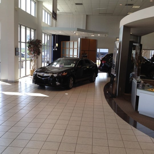 Photo taken at Bob Howard Acura by Jeff M. on 3/29/2012
