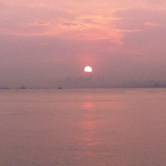 Das Foto wurde bei Tanah Merah Ferry Terminal von Vicky N. am 2/17/2012 aufgenommen