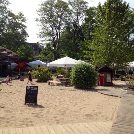 Das Foto wurde bei Central Park von Lena P. am 5/28/2012 aufgenommen
