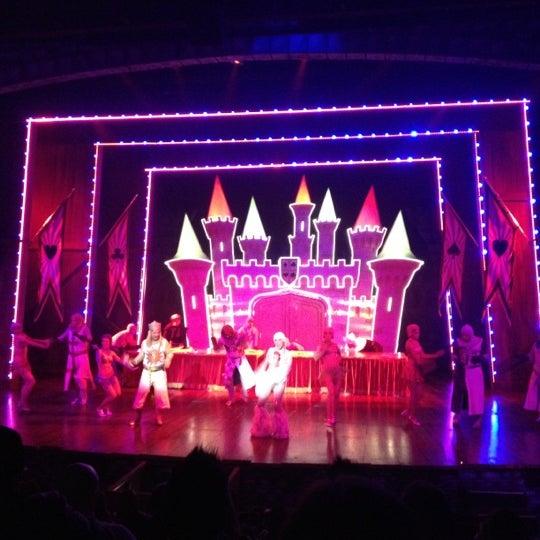 Foto tirada no(a) Teatro Aldama por Angie em 9/2/2012
