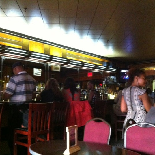 Photo taken at Lenox Lounge by Oiq on 8/8/2012