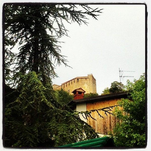 Foto scattata a Castello di Zavattarello da Paolo G. il 8/6/2012