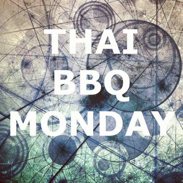 รูปภาพถ่ายที่ Thai Original BBQ & Restaurant โดย Raymond N. เมื่อ 6/12/2012