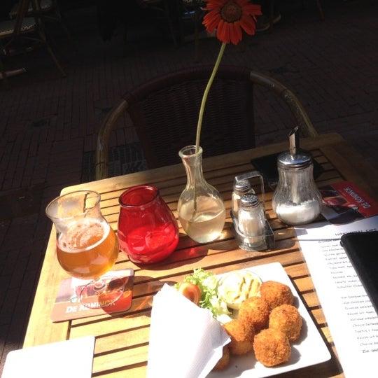 Снимок сделан в Cafe de Schutter пользователем Bruna D. 7/22/2012