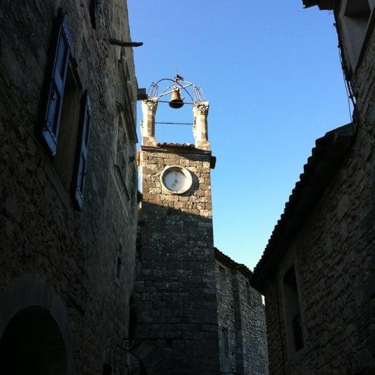 Surtout ne pas oublier de s'arrêter à Lacoste, l'un des plus beaux village du petit Luberon !