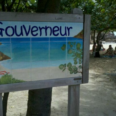 Photo taken at Plage du Gouverneur by Gustavo Magalhaes on 3/5/2012