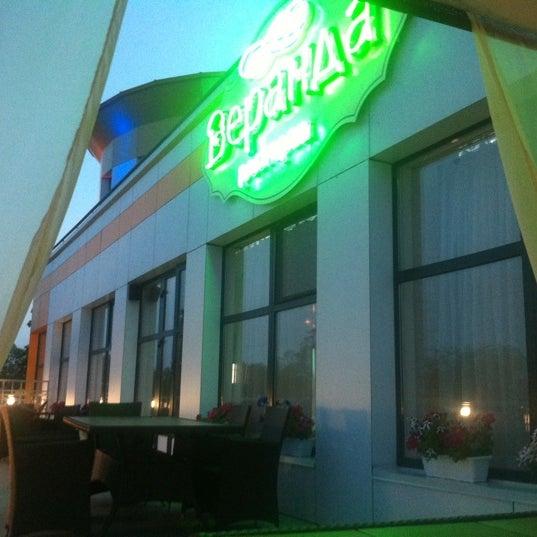 Снимок сделан в Веранда / Veranda пользователем Дашка К. 6/20/2012