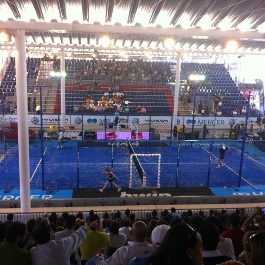 Photo taken at Ciudad de la Raqueta by Rebeca M. on 5/27/2012