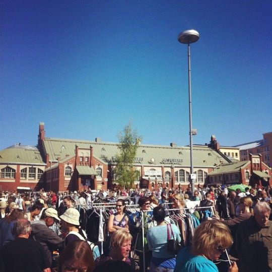 Das Foto wurde bei Hietalahdentori von Jaakko J. am 5/27/2012 aufgenommen